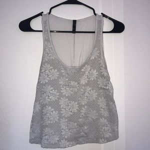 White flower patterned tank top